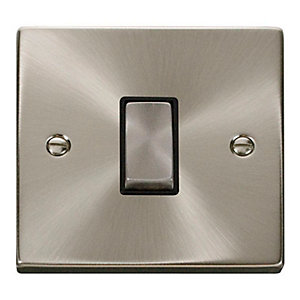 Deco 10AX Ingot 1 Gang 2 Way Plate Switch - Black - Satin Chrome