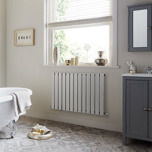 Towelrads Merlo Chrome Single Horizontal Radiator 600mm x 790mm